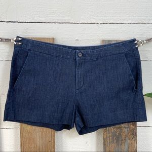 Banana Republic Hampton Fit Chambray Blue Shorts